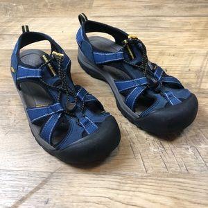 Keen Women's Newport Waterproof Athletic Sandal 10